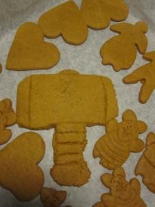 Thor baking Mjölnir